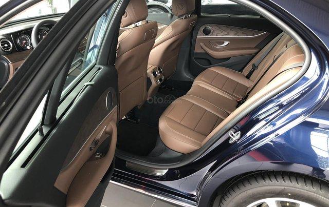 Mercedes E200 thế hệ mới, động cơ mạnh mẽ và trang bị tiên tiến6