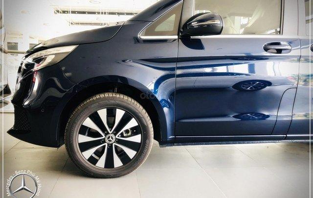 Bán Mercedes-Benz V250 Luxury 7 chỗ Model 2020 - trả trước 775 triệu nhận xe-Bank 80% 1