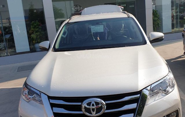 Toyota Fortuner 2.4 AT 2020 - chỉ tiêu duy nhất 3 xe - giá sập sàn6