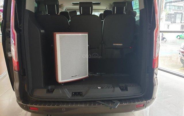 Ford Tourneo Titanium 2019 giảm tiền mặt tặng phụ kiện3