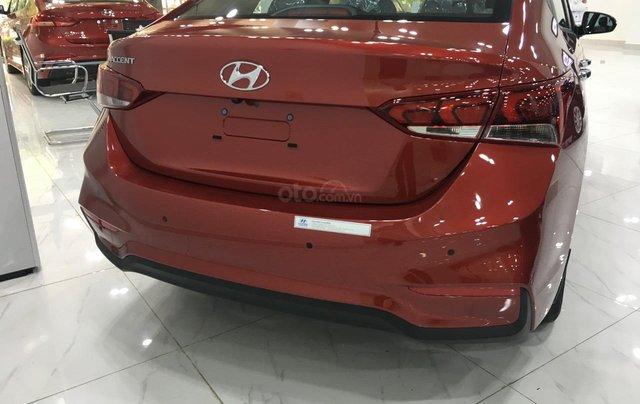 Hyundai Accent AT tiêu chuẩn - Ưu đãi lớn tại Hyundai Long Biên, đủ màu xe, hỗ trợ trả góp tối đa 80% 3