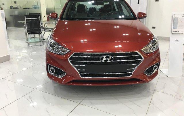 Hyundai Accent AT tiêu chuẩn - Ưu đãi lớn tại Hyundai Long Biên, đủ màu xe, hỗ trợ trả góp tối đa 80% 0