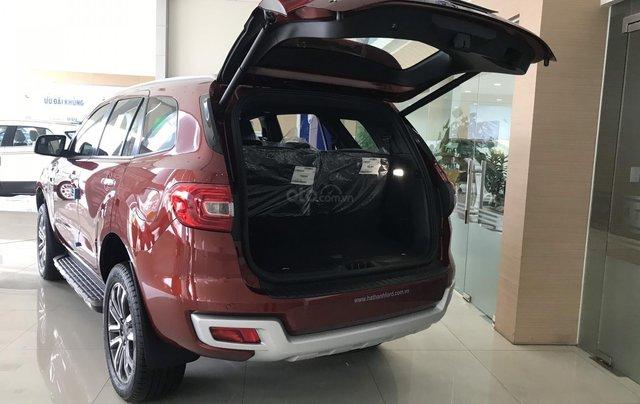 Bán lô Ford Everest Titanium Biturbo đời 2019, giảm hơn 100 triệu tiền mặt, quà tặng hấp dẫn, LH đặt xe: 0969.016.6921