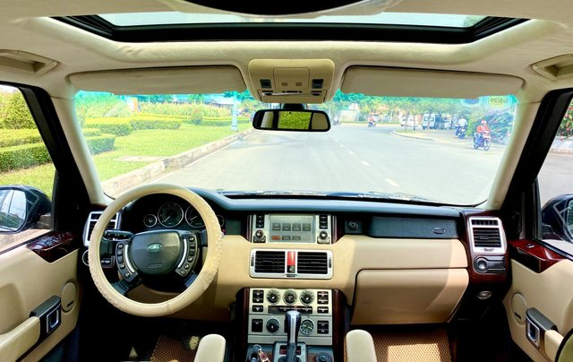 Range Rover HSE nhập Anh 2009 màu đen, loại thùng to, hàng full cao cấp, đủ đồ chơi không thiếu món nào, cửa sổ trời, cốp điện3