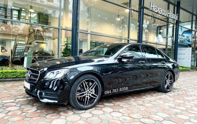 Xe lướt chính hãng - Mercedes E300 2020, màu đen, chạy 3.600km, giá cực tốt0
