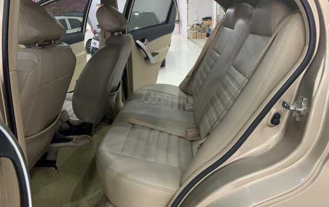 Cần bán lại xe Chevrolet Aveo năm 2016, giá 305tr7