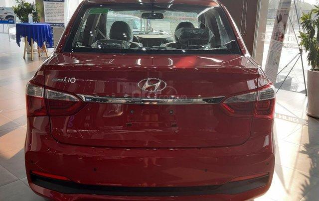 Bán Hyundai Grand i10 Sedan AT 2020, 130 triệu nhận xe ngay, hỗ trợ đăng kí chạy dịch vụ, vay ngân hàng lãi thấp2