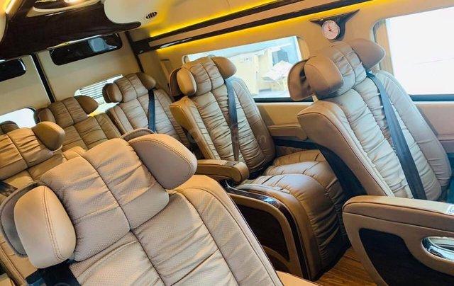 Transit Limousin 10 chỗ giao ngay, đủ màu, ưu đãi khủng, hàng chất lượng1