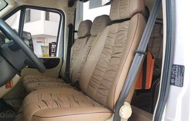 Transit Limousin 10 chỗ giao ngay, đủ màu, ưu đãi khủng, hàng chất lượng3