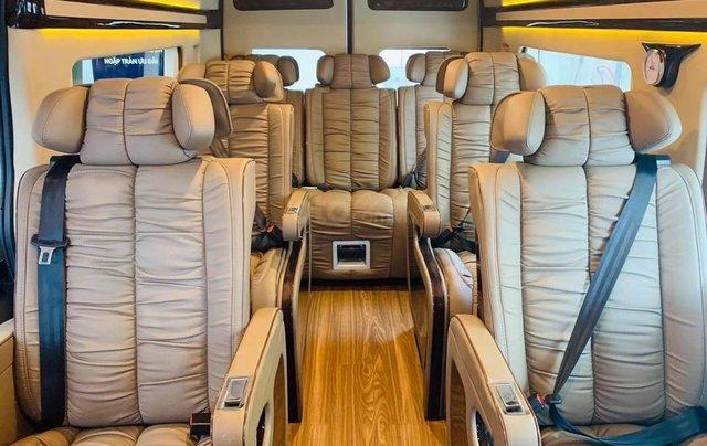 Transit Limousin 10 chỗ giao ngay, đủ màu, ưu đãi khủng, hàng chất lượng6