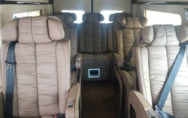 Transit Limousin 10 chỗ giao ngay, đủ màu, ưu đãi khủng, hàng chất lượng13