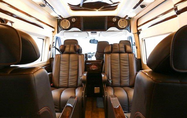 Transit Limousin 10 chỗ giao ngay, đủ màu, ưu đãi khủng, hàng chất lượng14