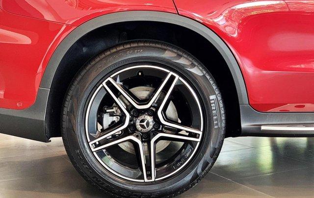 Bán Mercedes-Benz Glc 300 4 matic, quà tặng lên đến 200 tr tiền mặt, giá ưu đãi nhất HN3