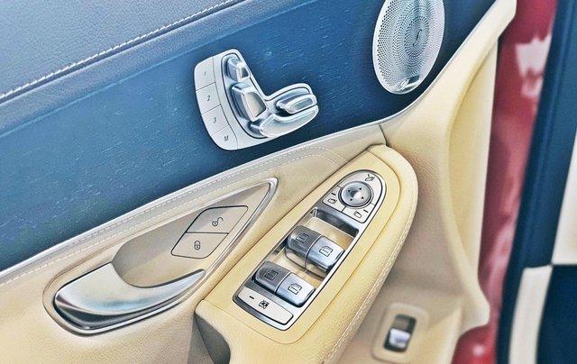 Bán Mercedes-Benz Glc 300 4 matic, quà tặng lên đến 200 tr tiền mặt, giá ưu đãi nhất HN4