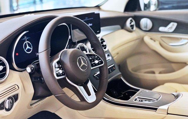 Bán Mercedes-Benz Glc 300 4 matic, quà tặng lên đến 200 tr tiền mặt, giá ưu đãi nhất HN7