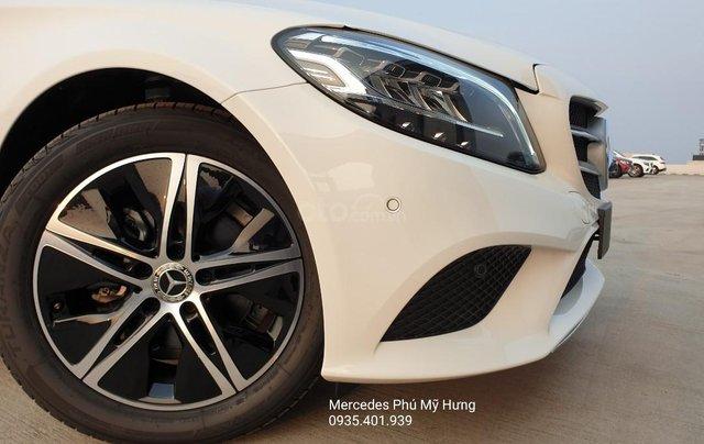 Tiết kiệm 140tr Mercedes C180 Sport 2020, giao ngay, đủ màu sắc3