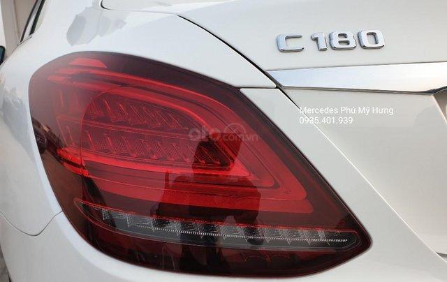 Tiết kiệm 140tr Mercedes C180 Sport 2020, giao ngay, đủ màu sắc8