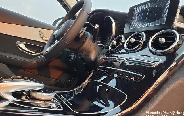 Tiết kiệm 140tr Mercedes C180 Sport 2020, giao ngay, đủ màu sắc12