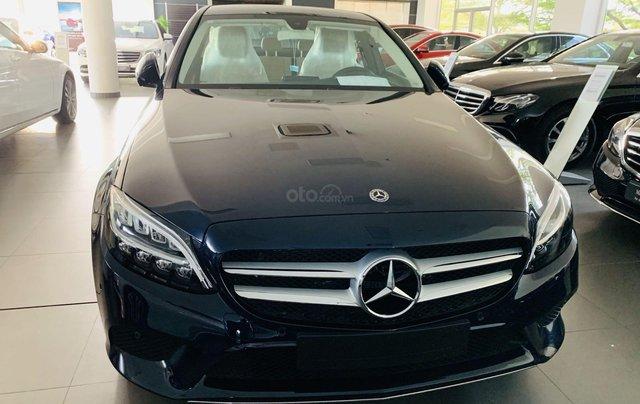 Bán Mercedes-Benz C180 model 2020, chỉ 349tr - giá tốt nhất - nhận xe ngay - bank 80% 0