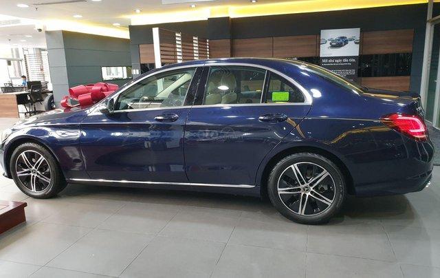 Bán Mercedes-Benz C180 model 2020, chỉ 349tr - giá tốt nhất - nhận xe ngay - bank 80% 3