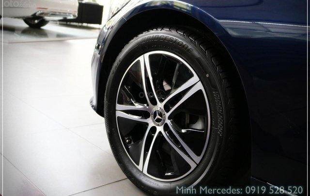 Bán Mercedes-Benz C180 model 2020, chỉ 349tr - giá tốt nhất - nhận xe ngay - bank 80% 10