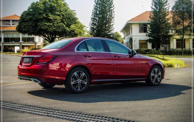 Bán Mercedes-Benz C180 model 2020, chỉ 349tr - nhận xe ngay - bank hỗ trợ 80% - giá tốt nhất 5