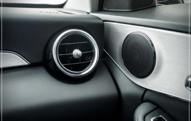 Bán Mercedes-Benz C180 model 2020, chỉ 349tr - nhận xe ngay - bank hỗ trợ 80% - giá tốt nhất 11