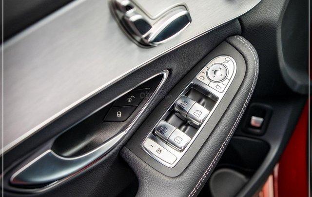Bán Mercedes-Benz C180 model 2020, chỉ 349tr - nhận xe ngay - bank hỗ trợ 80% - giá tốt nhất 12