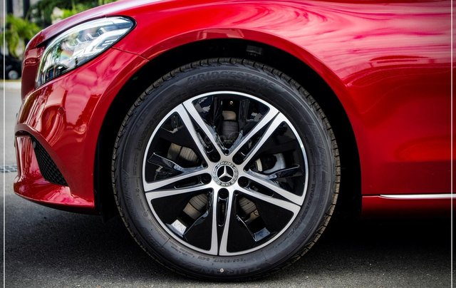 Bán Mercedes-Benz C180 model 2020, chỉ 349tr - nhận xe ngay - bank hỗ trợ 80% - giá tốt nhất 4
