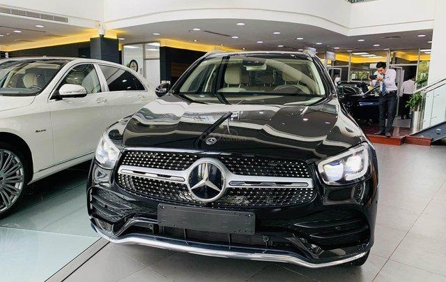 [New Facelift] Mercedes GLC300 2020, sở hữu chỉ với 749tr, gia hạn gốc trong năm đầu với 14tr/tháng1