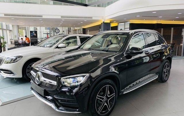 [New Facelift] Mercedes GLC300 2020, sở hữu chỉ với 749tr, gia hạn gốc trong năm đầu với 14tr/tháng10