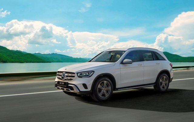 Bán xe Mercedes-Benz GLC200 2020 - Giao xe ngay, giảm giá và nhiều ưu đãi tháng 03/20200