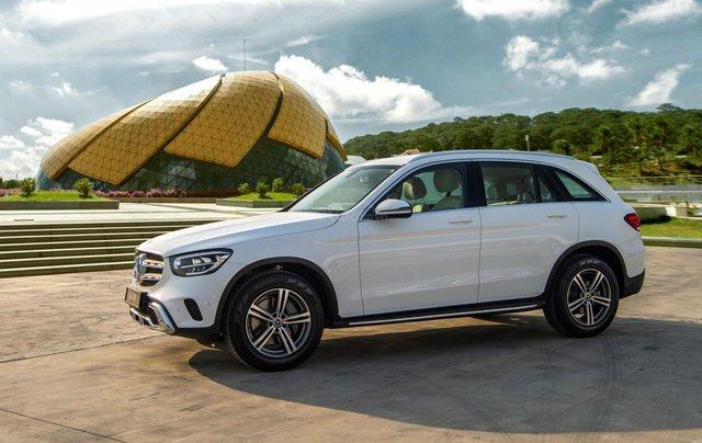 Bán xe Mercedes-Benz GLC200 2020 - Giao xe ngay, giảm giá và nhiều ưu đãi tháng 03/20201