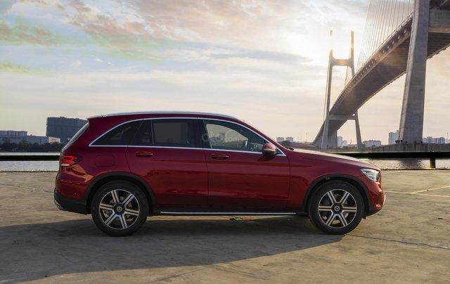 Bán xe Mercedes-Benz GLC200 4Matic - giao xe tháng 01/2021, nhiều khuyến mãi, lãi suất từ 0.66%/ tháng1