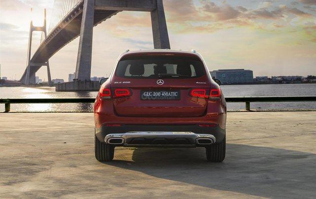 Bán xe Mercedes-Benz GLC200 4Matic - giao xe tháng 01/2021, nhiều khuyến mãi, lãi suất từ 0.66%/ tháng4