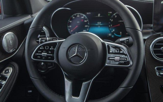 Bán xe Mercedes-Benz GLC200 4Matic - giao xe tháng 01/2021, nhiều khuyến mãi, lãi suất từ 0.66%/ tháng13