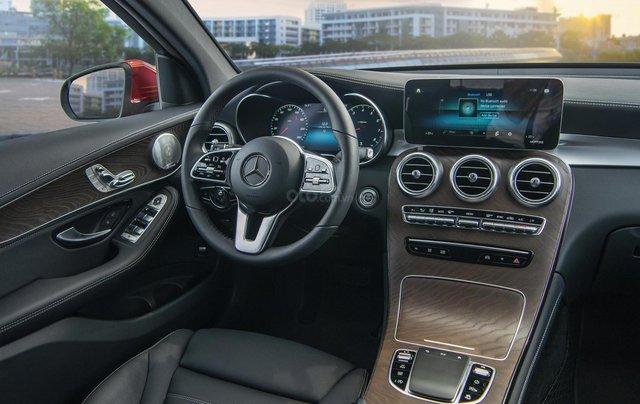 Bán xe Mercedes-Benz GLC200 4Matic - giao xe tháng 01/2021, nhiều khuyến mãi, lãi suất từ 0.66%/ tháng14