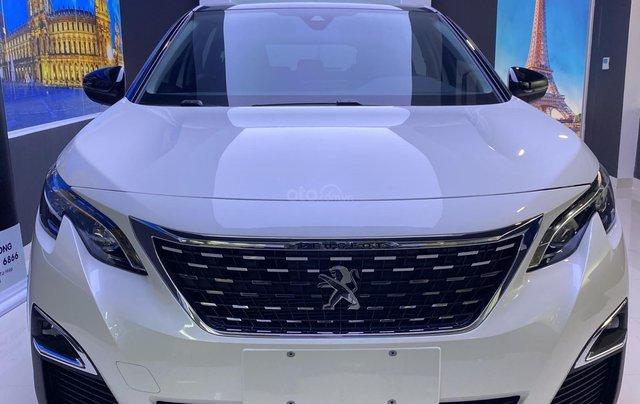 Cần bán gấp Peugeot 5008 màu trắng đời 2020, phiên bản tùy chọn2