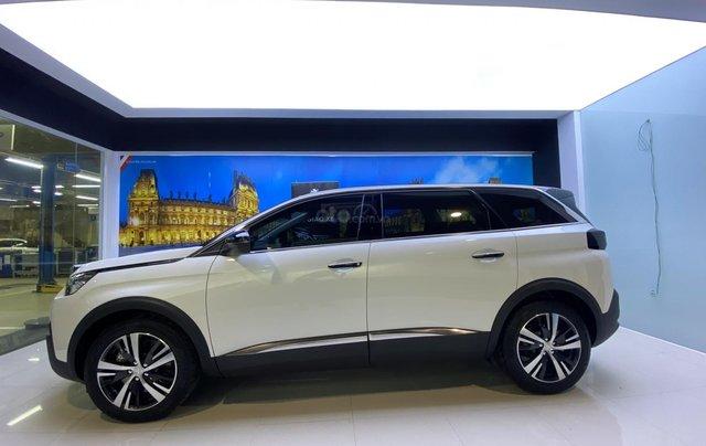 Cần bán gấp Peugeot 5008 màu trắng đời 2020, phiên bản tùy chọn0