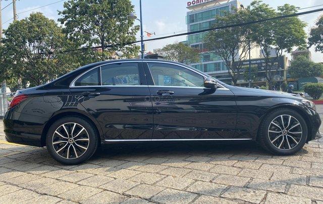 Mercedes C200 2019 - Xe bấm biển nhưng chưa lăn bánh(40 km) - giá cực ưu đãi2