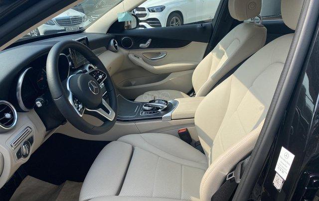 Mercedes C200 2019 - Xe bấm biển nhưng chưa lăn bánh(40 km) - giá cực ưu đãi6
