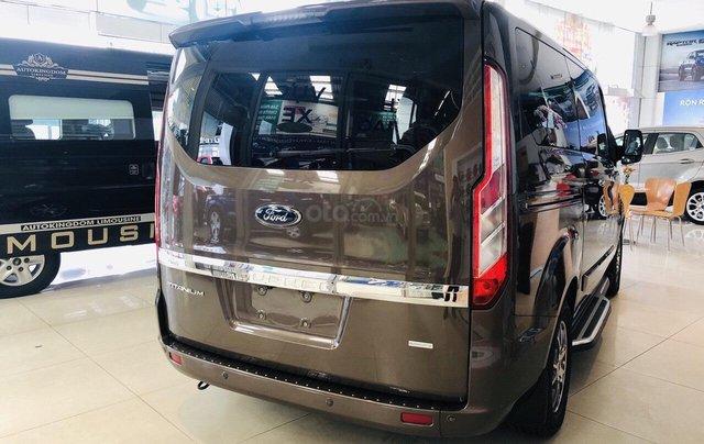 Cần bán gấp Ford Tourneo đời 2019, màu nâu, xe còn như mới1