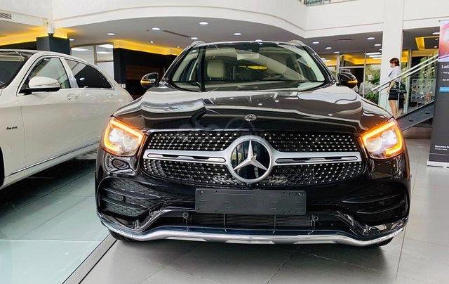 [Siêu phẩm] bán Mercedes GLC 300 4Matic 2020 mới, đại lý Mercedes lớn nhất miền Bắc khuyến mại cực hấp dẫn1