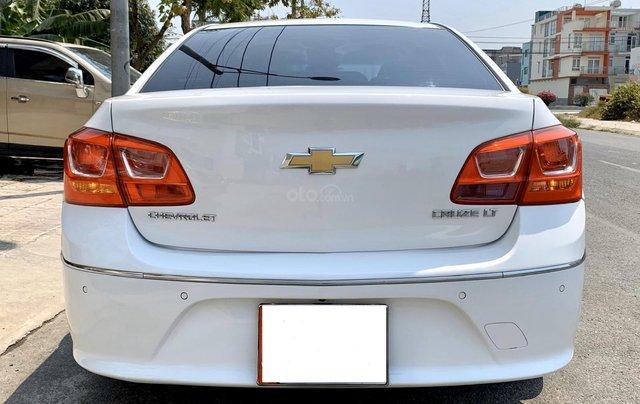 Bán xe Chevrolet Cruze đời 2017 số sàn màu trắng6