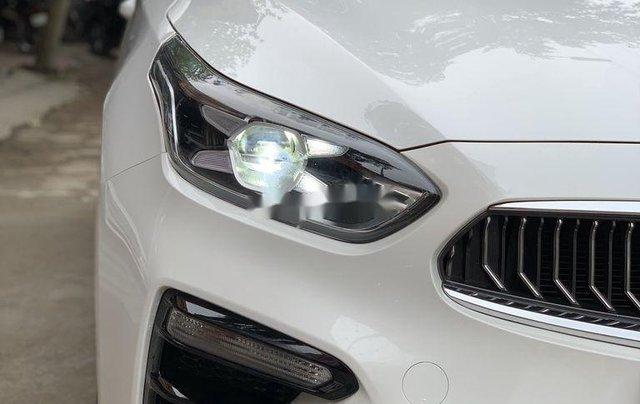 Bán ô tô Kia Cerato đời 2019, màu trắng1