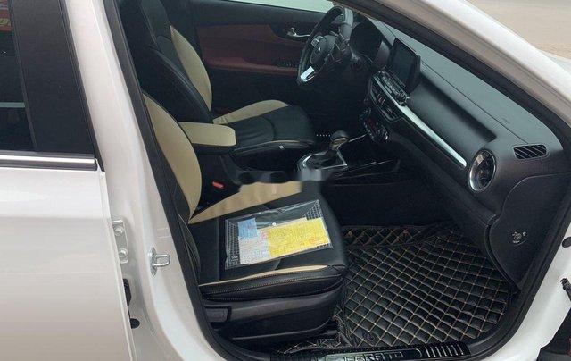 Bán ô tô Kia Cerato đời 2019, màu trắng9