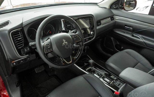 Bán xe Mitsubishi Outlander năm 2020 giá 825 triệu đồng2