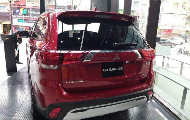 Bán xe Mitsubishi Outlander năm 2020 giá 825 triệu đồng5