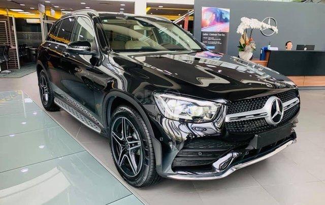 Giá xe Mercedes GLC 300 4Matic 2021, thông số kỹ thuật, giá lăn bánh, khuyến mãi hấp dẫn tháng 01/20211