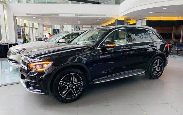 Giá xe Mercedes GLC 300 4Matic 2021, thông số kỹ thuật, giá lăn bánh, khuyến mãi hấp dẫn tháng 01/20212